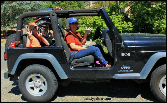 Kendra in Jeep pm